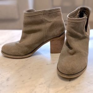Urban Outfitters Bootie